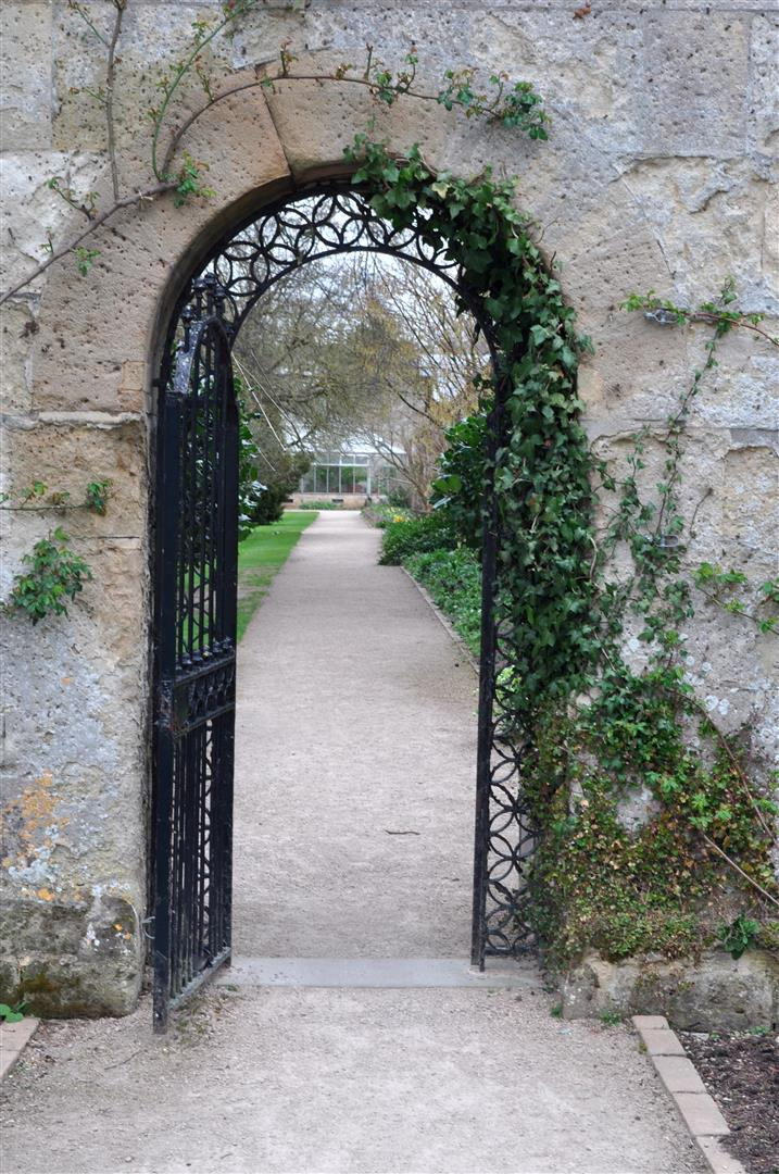 Archway, University of Oxford Botanic Garden