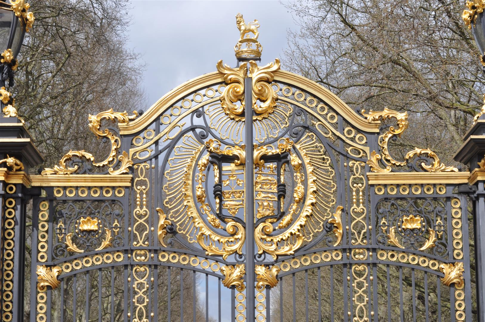 Gate Detail 1, Buckingham Palace